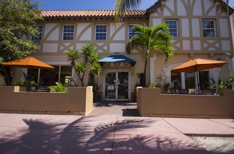 Jazz On South Beach Hostel In Miami Best Usa