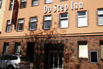 Do Step Inn