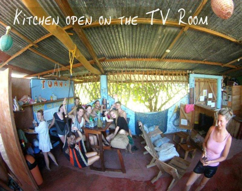 Piramys Beach Front Hostel