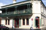 Adelaide�s Shakespeare International Backpackers
